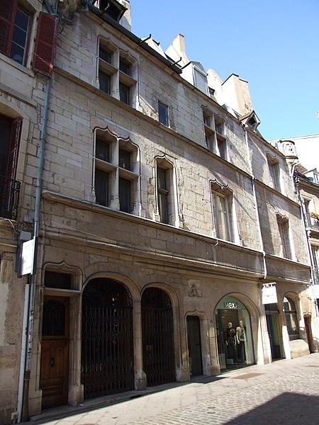 Photo du Monument Historique Ancien hôtel de Rochefort ou hôtel Morel-Sauvegrain situé à Dijon
