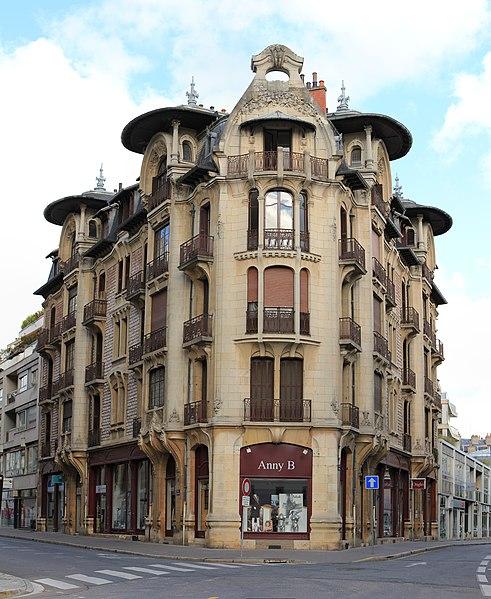 Photo du Monument Historique Immeuble Modern style situé à Dijon