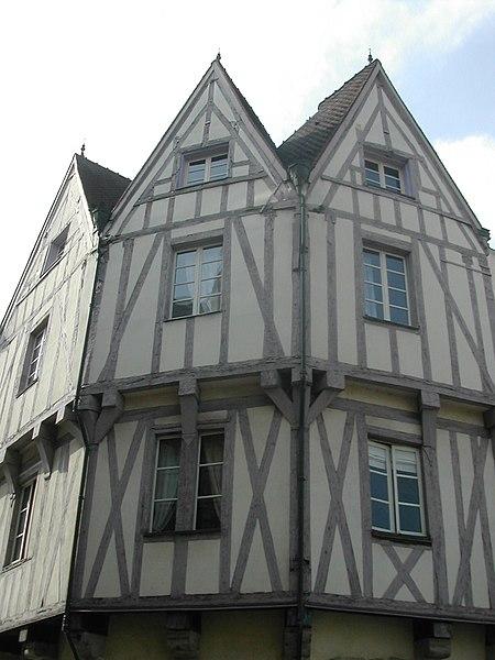 Photo du Monument Historique Maison situé à Dijon
