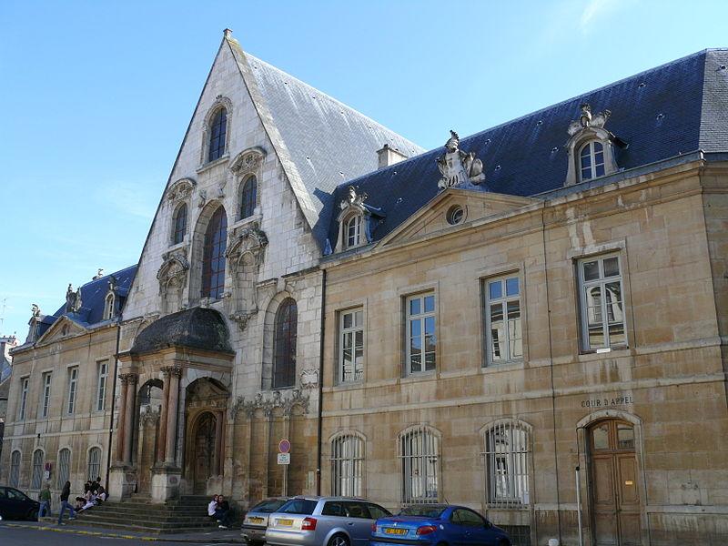 Photo du Monument Historique Palais de Justice situé à Dijon