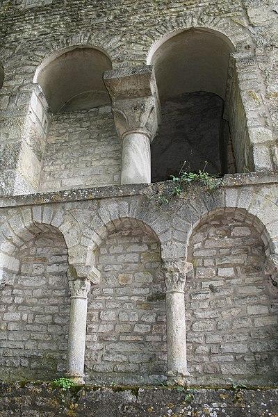 Photo du Monument Historique Ancienne abbatiale Saint-Pierre de Flavigny situé à Flavigny-sur-Ozerain