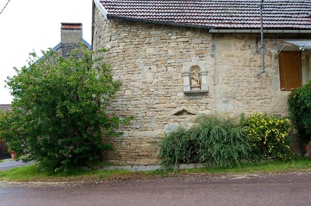 Photo du Monument Historique Maison situé à Frôlois