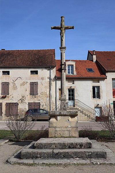 Photo du Monument Historique Croix situé à Gissey-sous-Flavigny