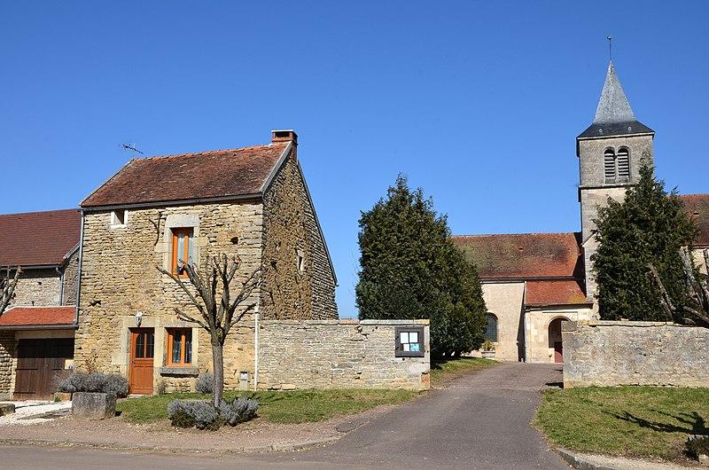 Photo du Monument Historique Eglise situé à Marigny-le-Cahouët