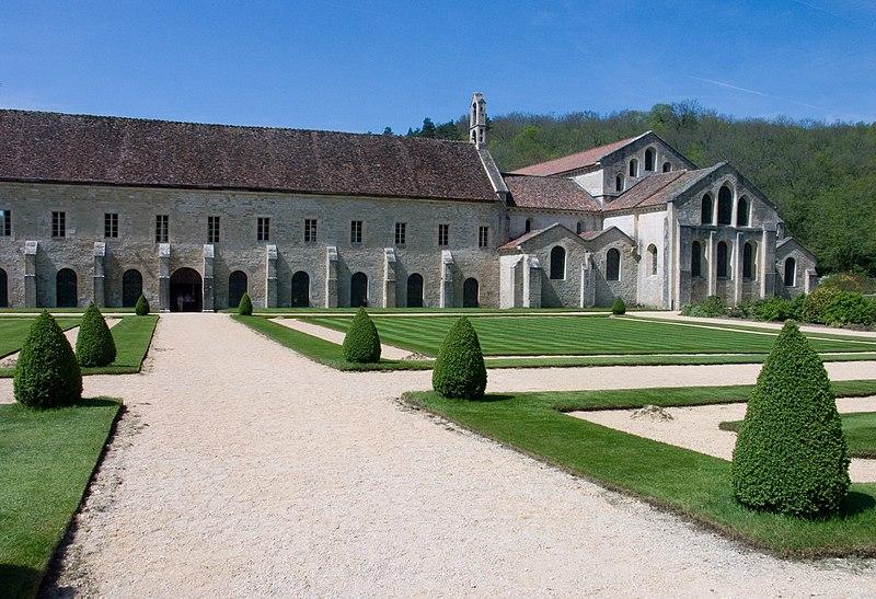 Photo du Monument Historique Abbaye de Fontenay situé à Marmagne