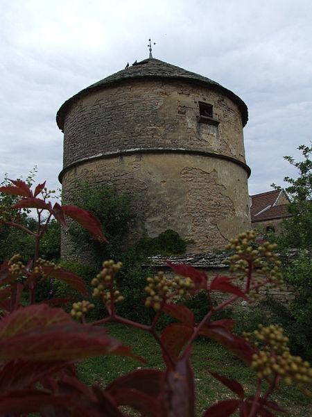 Photo du Monument Historique Colombier situé à Marsannay-la-Côte