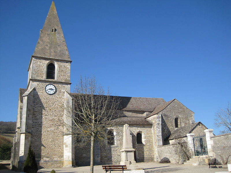 Photo du Monument Historique Eglise Saint-Georges situé à Rochepot (La)