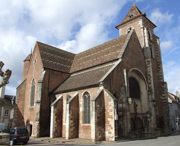 Photo du Monument Historique Eglise situé à Saint-Jean-de-Losne