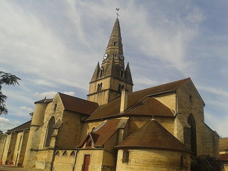 Photo du Monument Historique Eglise situé à Savigny-lès-Beaune