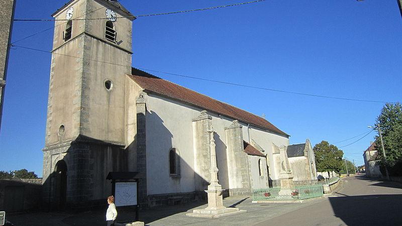 Photo du Monument Historique Eglise situé à Savoisy