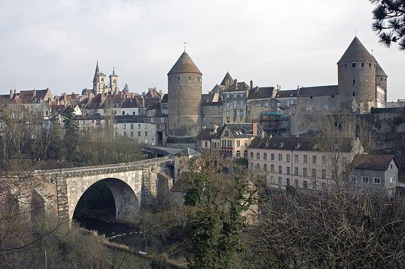 Photo du Monument Historique Château situé à Semur-en-Auxois