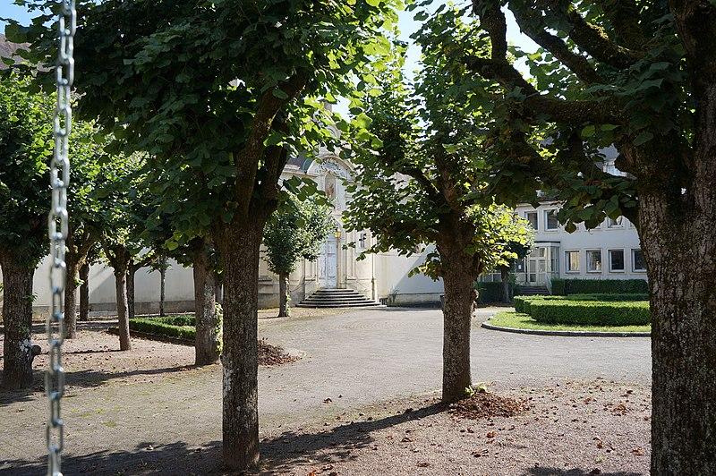Photo du Monument Historique Ancien hôpital situé à Semur-en-Auxois