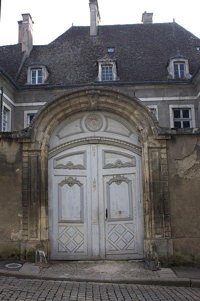 Photo du Monument Historique Hôtel particulier situé à Semur-en-Auxois