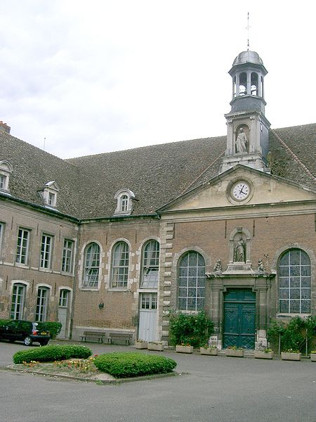 Photo du Monument Historique Hôtel-Dieu situé à Seurre