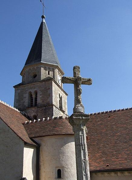 Photo du Monument Historique Croix de rogations situé à Salives