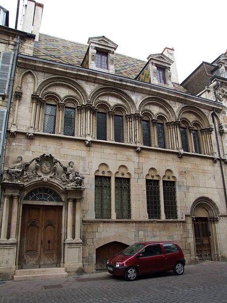 Photo du Monument Historique Hôtel Aubriot situé à Dijon