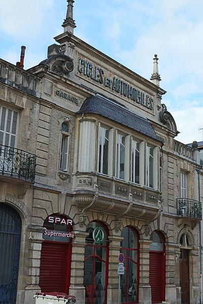 Photo du Monument Historique Ancien garage pour cycles et automobiles dit garage Alizon situé à Dijon
