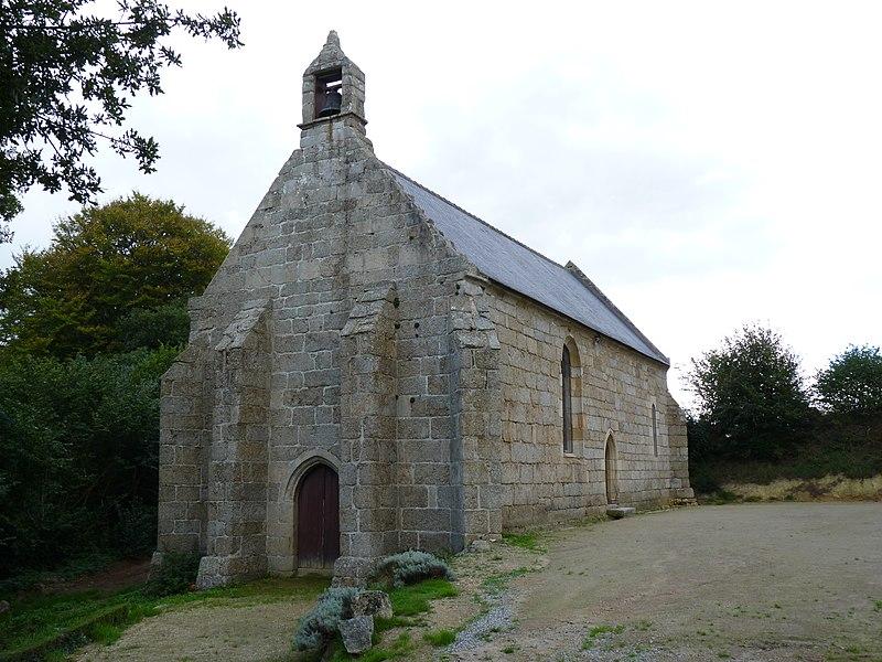 Photo du Monument Historique Ruines de l'ancienne chapelle de la Trinité situé à Canihuel
