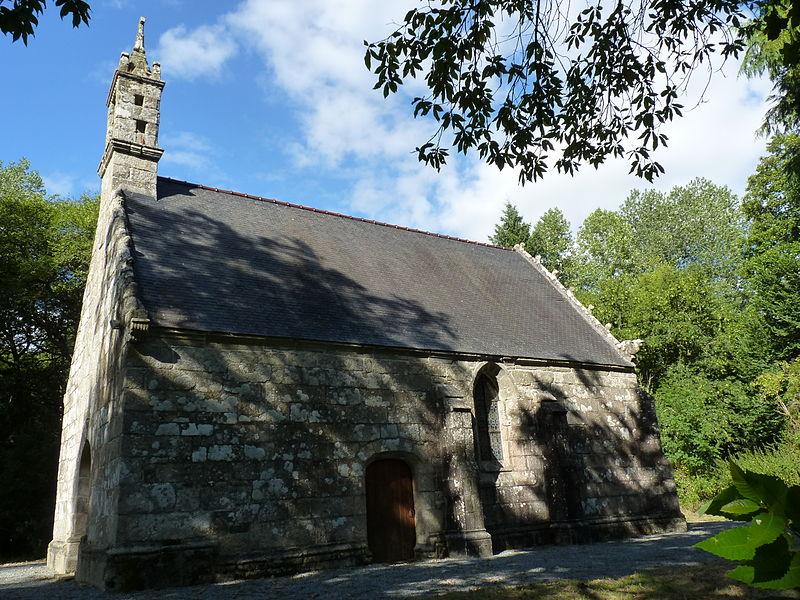Photo du Monument Historique Chapelle et moulin du Pénity situé à Carnoët