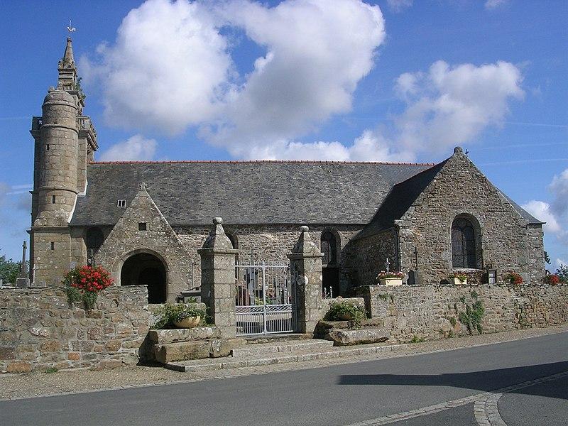 Photo du Monument Historique Eglise Saint-Pierre situé à Coatréven