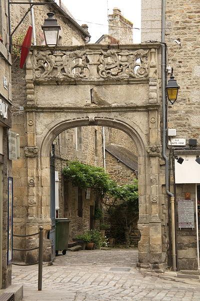 Photo du Monument Historique Hôtel de Beaumanoir situé à Dinan