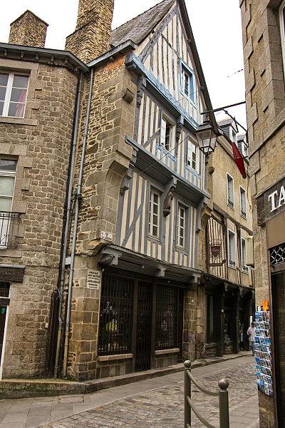 Photo du Monument Historique Maison dite du Saint-Mitré situé à Dinan
