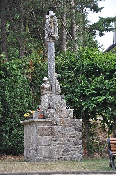 Photo du Monument Historique Croix de calvaire situé à Etables-sur-Mer