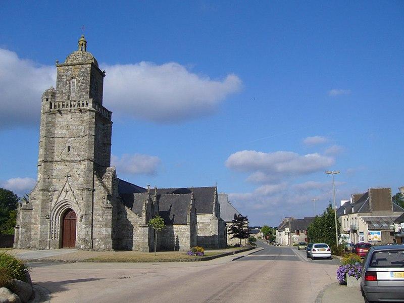 Photo du Monument Historique Eglise Saint-Germain situé à Glomel