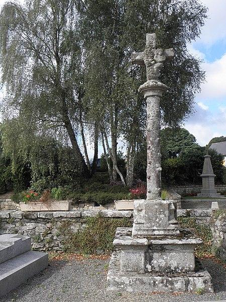 Photo du Monument Historique Croix du 16e siècle situé à Grâces