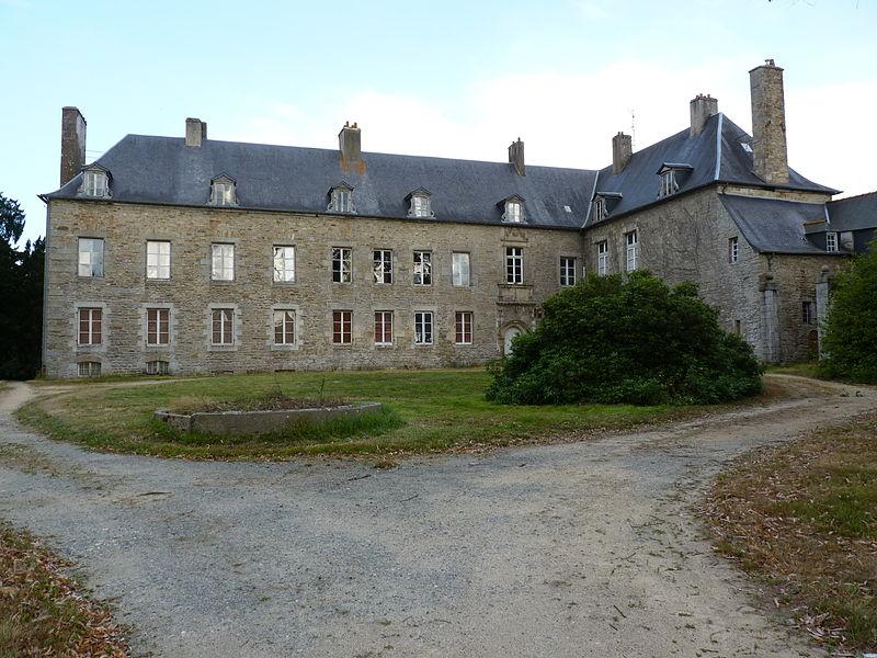 Photo du Monument Historique Château des Salles situé à Guingamp