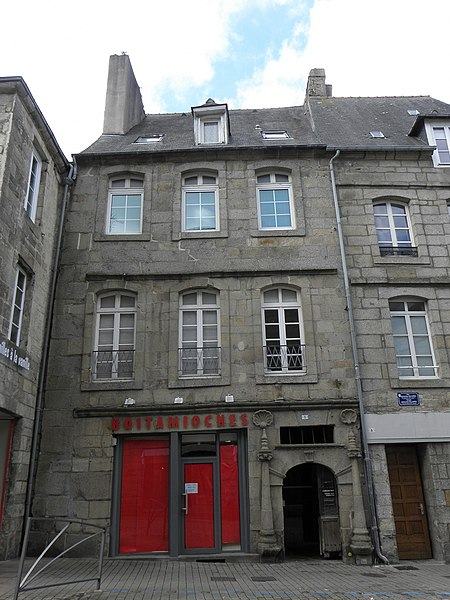Photo du Monument Historique Maison du 17e siècle situé à Guingamp