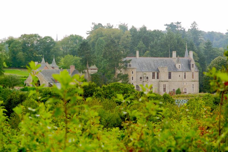 Photo du Monument Historique Château de Beaumont situé à Guitté