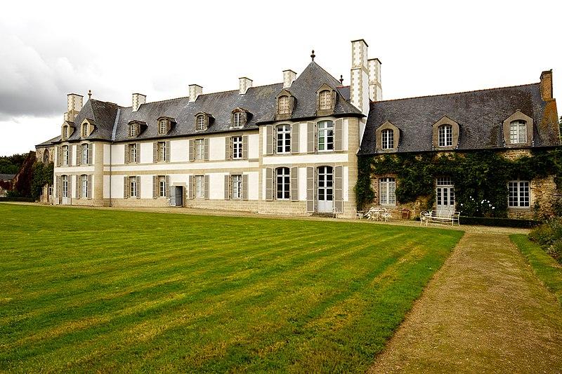 Photo du Monument Historique Château de la Moglais situé à Lamballe