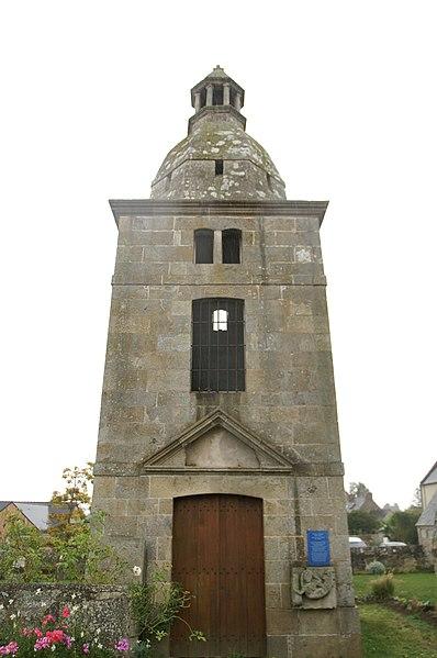 Photo du Monument Historique Vieille église Saint-Cieux situé à Lancieux