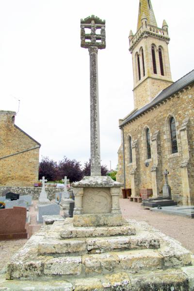 Photo du Monument Historique Croix situé à Landébia