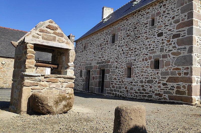 Photo du Monument Historique Manoir de Kervegan situé à Lannion