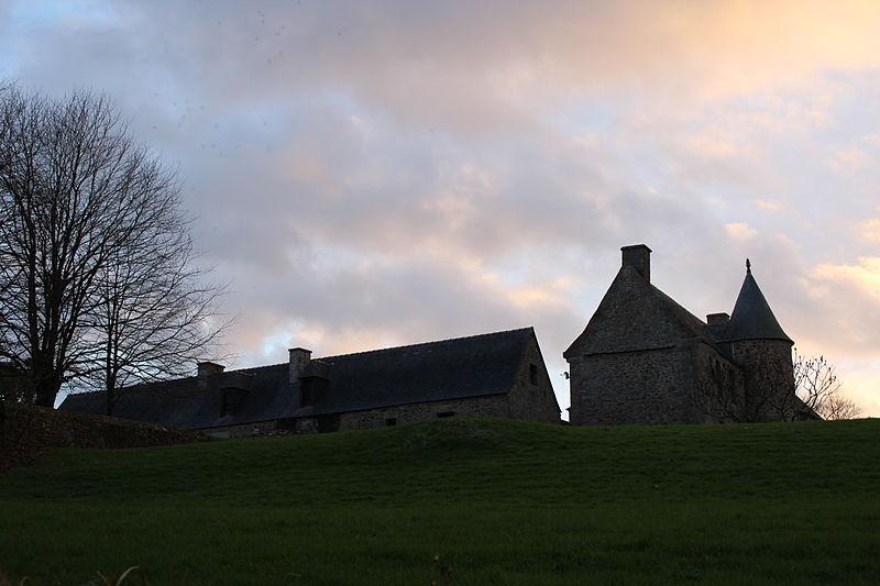 Photo du Monument Historique Manoir de Kerprigent situé à Lannion