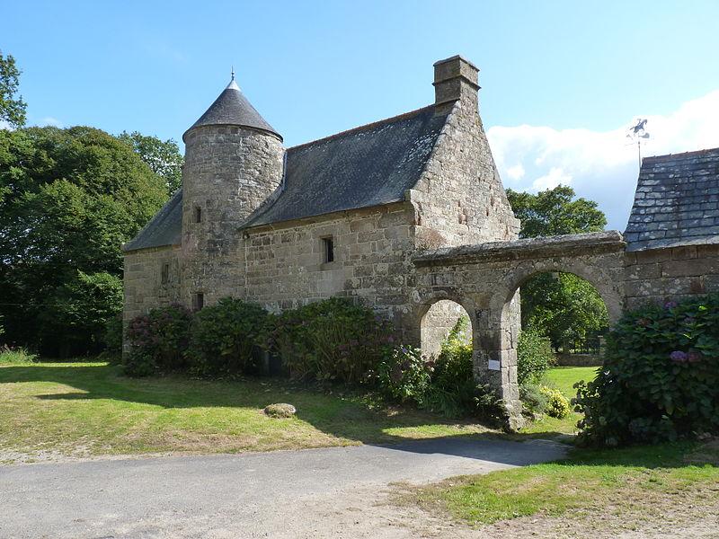 Photo du Monument Historique Manoir de Gollodic situé à Lanrivain