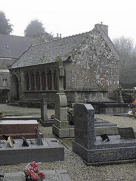 Photo du Monument Historique Ossuaire situé à Lanvellec