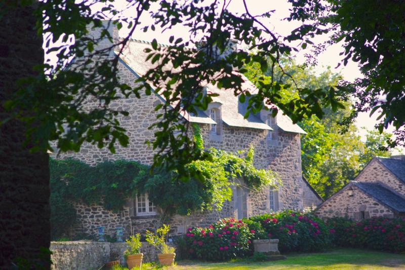 Photo du Monument Historique Manoir de la Vigne situé à Matignon
