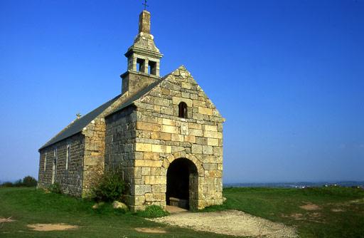 Photo du Monument Historique Chapelle Saint-Hervé du Ménez-Bré situé à Pédernec