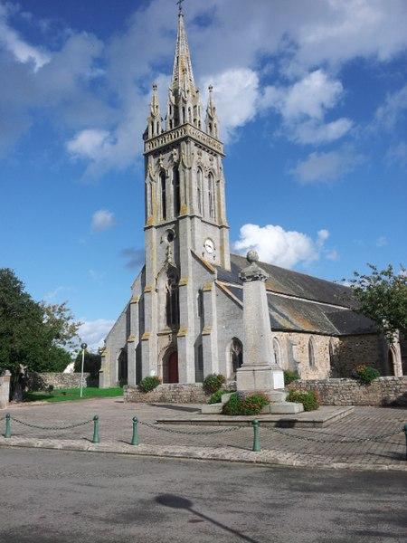 Photo du Monument Historique Eglise Saint-Pierre situé à Pédernec