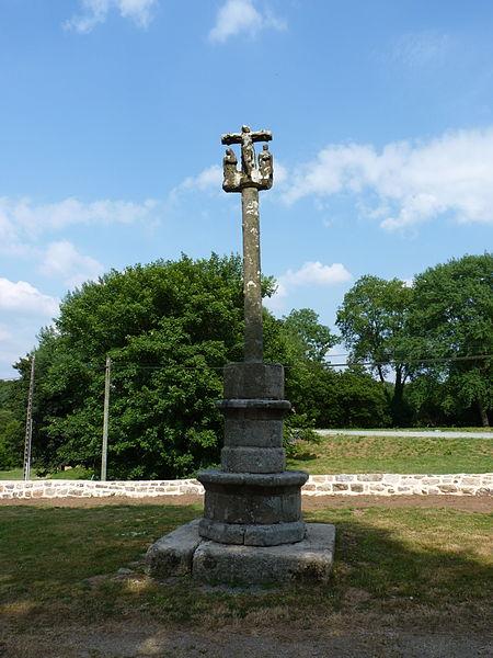 Photo du Monument Historique Croix de cimetière du Loch situé à Peumerit-Quintin