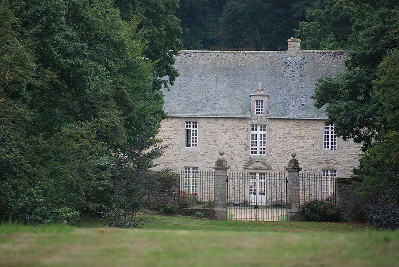 Photo du Monument Historique Manoir de Boisgelin, ou Château-Hôtel de Coatguelen situé à Pléhédel