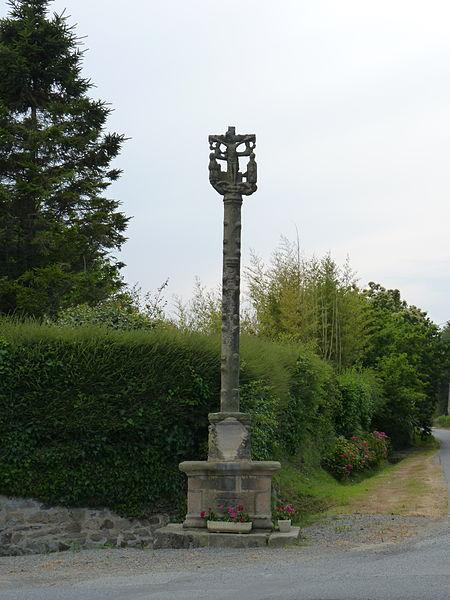 Photo du Monument Historique Croix situé à Pleumeur-Gautier