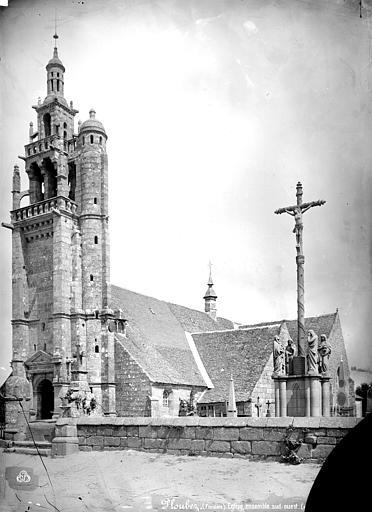 Photo du Monument Historique Eglise Saint-Pierre Saint-Paul situé à Ploubezre