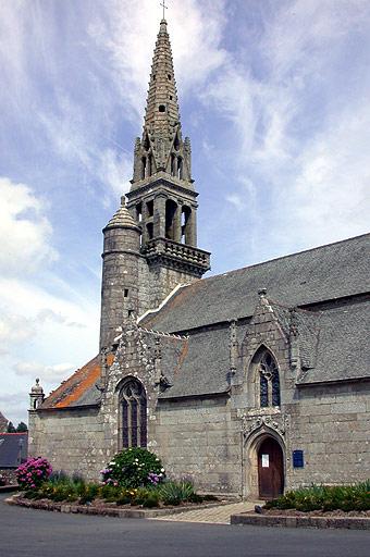 Photo du Monument Historique Eglise Saint-Pierre situé à Plougonver