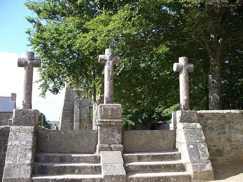 Photo du Monument Historique Chapelle Saint-Gonéry et cimetière situé à Plougrescant