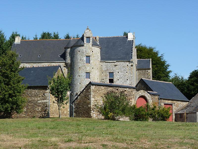 Photo du Monument Historique Manoir de la Touche-Brandineuf situé à Plouguenast