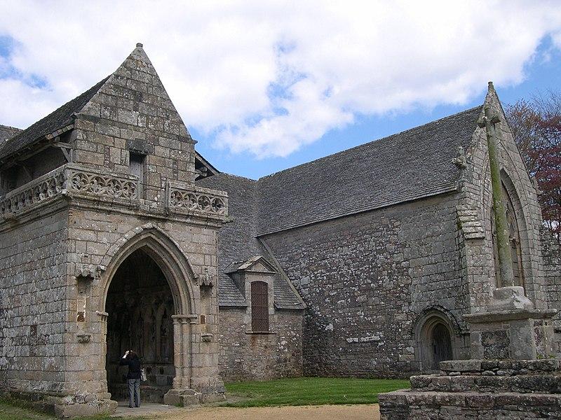 Photo du Monument Historique Chapelle de Kermaria-an'Isquit situé à Plouha
